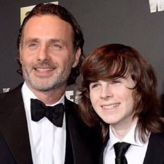 Andrew Lincoln & Chandler Riggs attend AMC's The Walking Dead season 6 fan premiere event at Madison Square Garden on October 2015 Chandler Riggs, Walking Dead Season 6, Fear The Walking Dead, Carl Grimes, Rick And Carl, Talking To The Dead, Bonnie N Clyde, Stuff And Thangs, Andrew Lincoln