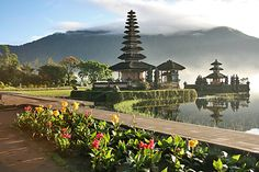 Ulun Danu Temple at Lake Bratan, Bali