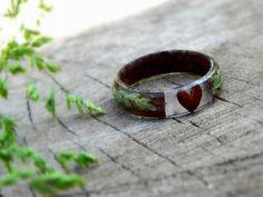 Wedding wood ring , Nature wedding ring, Fern wood ring, Heart wooden ring, Resin wood ring, Men wed Wedding Rings For Women, Wedding Men, Rings For Men, Light Oak, Light In The Dark, Forest Plants, Resin Ring, Wood Resin, Wood Rings