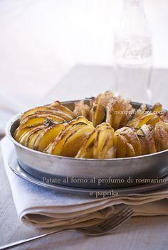 Baked potatoes paprika and rosemary