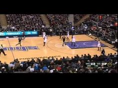 """I remember watching this live haha. Don't care if it happened against my Kings, that Dunk was sick. Chris Webber """"Let me try and be a professional again. Basketball Legends, Basketball Teams, Basketball Court, Chris Webber, Sacramento Kings, Russell Westbrook, Oklahoma City Thunder, Best Player, Carolina Panthers"""