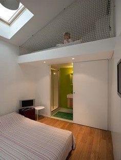 J'adore ! Allez sur www.domozoom.com découvrir les plus beaux intérieurs de maisonfl-nav-b-content-title de France... Indie Room, Aesthetic Rooms, Bunk Beds, Villa, Construction, Furniture, Coin, Caves, Industrial
