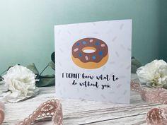 Suchst du eine tolle Karte zum Ausdrucken und verschenken? Entdecke hier tolle Kartensprüche rund um Liebe und Valentinstag. Die Postkarten kannst du ganz einfach auf dem Blog ausdrucken! Blog, Valentine Day Cards, Round Round, Diy Crafts, Blogging
