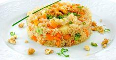 Aprenda a preparar a receita de Risoto de quinua e abóbora garante proteína extra na dieta e fome sob controle
