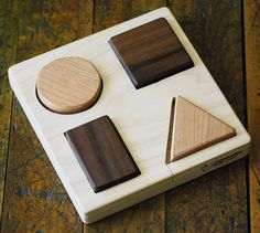 Less is more: Basic Shapes Educational Wooden Puzzle Montessori by Manzanitakids.