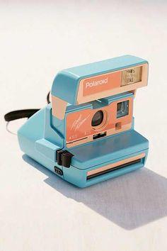 Vintage Camera Impossible X UO Sage Island Polaroid 600 Cool Cam Instant Camera - Polaroid Instax, Vintage Polaroid Camera, Vintage Cameras, Fujifilm Instax Mini, Retro Camera, Dslr Photography Tips, Pregnancy Photography, Wedding Photography, Street Photography
