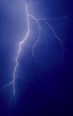 °Bolt of Lightning