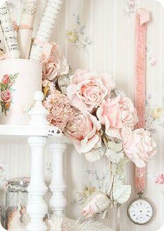 White & Pink Shabby Chic Decor Roses