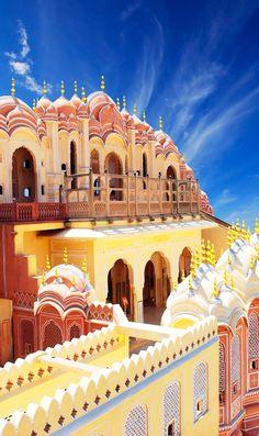 Beautiful Hawa Mahal, the Palace of Winds, Jaipur, Rajasthan, India   |    20+ Amazing Photos of India, a Fascinating Travel Destination