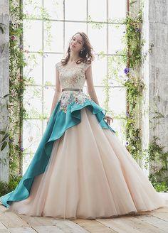 松尾のウェディングドレス、メンズフォーマルウェアのサイト Ball Dresses, Evening Dresses, Formal Dresses, Beautiful Prom Dresses, Pretty Dresses, Fairytale Dress, Colored Wedding Dresses, Quinceanera Dresses, Designer Dresses