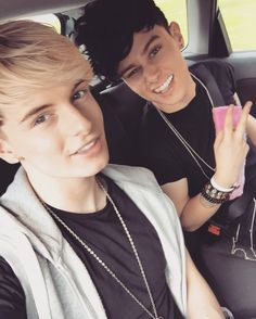 Andy and Mikey (RoadTrip) Lgbt, Roadtrip Boyband, Brooklyn Wyatt, Irish Boys, Cute Gay Couples, Smile Because, Original Song, The Duff, Hot Boys