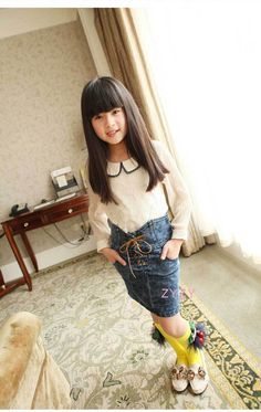 Aliexpress.com   Buy Free Shipping 2013 New Fashion Style Korean Girls  Jeans Dress Suspender Skirt Summer Elegent Dress GD004 from Reliable Korean  Girls ... 02520ee85115