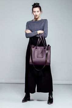 Symmetry Design, Leather Bags Handmade, Italian Leather, Linda, Leather Handbags, Clutches, Milk, Leather Totes, Leather Bags
