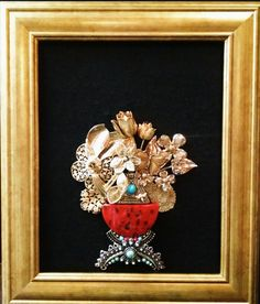 Vase with flowers Gold Tone Vintage & by StarsfromYesterday
