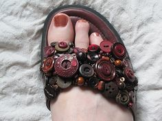DIY...button sandal!