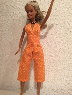 IMG_3001 Sewing Barbie Clothes, Barbie Clothes Patterns, Sewing Dolls, Clothing Patterns, Handmade Clothes, Diy Clothes, Mode Junior, Habit Barbie, Fashion Dolls
