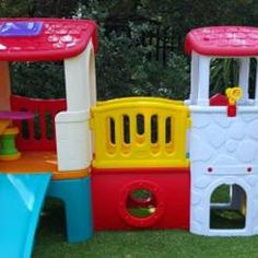 Buy Plastic Jungle Gyms and Slides for Toddlers at Green Air Equipment. Our plastic jungle gyms are loaded with features perfect toddlers and small children Kids Fun, Cool Kids, Adventure Kids, Swing And Slide, Jungle Gym, Kids Playing, Playground, Green, Children Playground