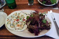 Freemans: kid-friendly restaurants, LES, New York - via brunchwithmybaby.com