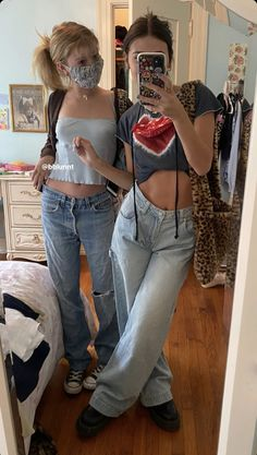 Aesthetic Fashion, Aesthetic Clothes, Look Fashion, 90s Fashion, Fashion Outfits, Womens Fashion, Fashion Tips, Trendy Outfits, Girl Outfits