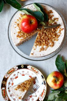 Raw Apple Cake Recipe. Grain-free and vegan raw apple cake with walnut, desiccated coconut, apple and cinnamon crust topped with creamy coconut apple layer.
