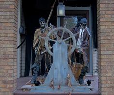 Halloween forum - Keeping the Halloween spirit alive 365 days a year. Discuss decorations, costumes and more! Pirate Halloween Decorations, Pirate Decor, Halloween Displays, Theme Halloween, Pirate Theme, Halloween Skeletons, Outdoor Halloween, Halloween 2017, Halloween House