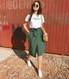 Fashion outfits - 65 genius summer outfits to copy this moment 8 ~ Litledress Mode Outfits, Chic Outfits, Spring Outfits, Trendy Outfits, Fashion Outfits, Casual Skirt Outfits, Casual Skirts, Dress Casual, Look Fashion