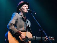 Pogues' Guitarist Philip Chevron States His Cancer Is Inoperable