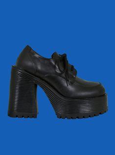 UNIF | Des Shoe Secret Sale, Unif, All Black Sneakers, Bootie Boots, Oxford Shoes, Platform, Booty, Heels, How To Wear