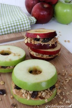 Apple Sandwiches Recipe-Easy and tasty snack idea.