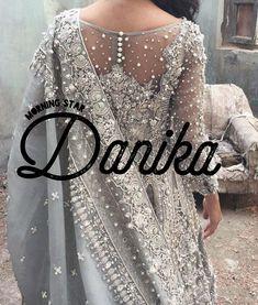 Danika, was bedeutet: Morgenstern, indische Mädchennamen, traditionelle Namen, .