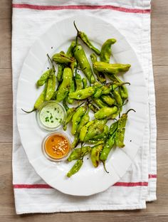 In Season :: Roasted Shishito Peppers