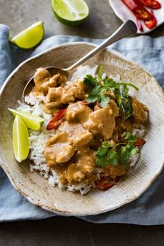 Thai Mango Chicken Curry Thai Mango Chicken Curry – Restaurant quality, extra saucy, thick and creamy, less calories, this Thai Red Curry is truly incredible. Mango Chicken Curry, Mango Curry, Thai Coconut Curry Chicken, Indian Food Recipes, Asian Recipes, Healthy Recipes, Ethnic Recipes, Turkish Recipes, Detox Recipes