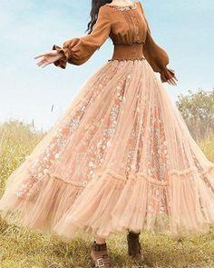 Cotton Dresses Online, Vintage Dresses Online, Vintage Outfits, Black Dress Outfits, Casual Dresses, Cute Outfits, Pretty Dresses, Beautiful Dresses, Vestidos Fashion