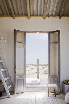 Simple and rustic - can you image a studio by the ocean? Wonderful.