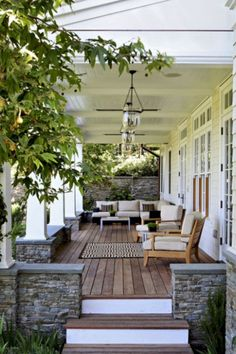 70 Stunning Summer Porch Design and Decor Id - Porch Decorating Ideas Small Front Porches, Covered Front Porches, Front Porch Design, Stone Front Porches, Front Deck, Front Entry, Ideas Terraza, Porch Kits, Porch Ideas