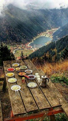 Uzungöl TURKEY - Travel tips - Travel tour - travel ideas Places To Travel, Places To See, Wonderful Places, Beautiful Places, Turkey Places, Magic Places, Nature Photography, Travel Photography, Istanbul Travel