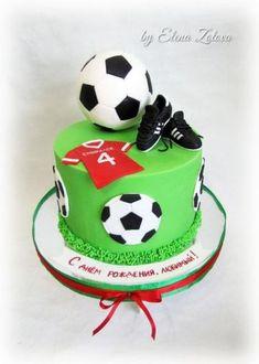 soccer cake For Boys - Trendy Birthday Cake For Men Soccer Party Ideas Football Themed Cakes, Football Birthday Cake, Soccer Birthday Parties, Soccer Party, Birthday Cakes For Men, Cakes For Boys, Cake Birthday, Birthday Crafts, 60th Birthday