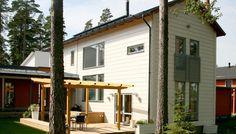 Log home for the city. Hämeenlinna, Finland. #Honka