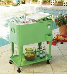 Retro Ice Cooler. Would Like To See In Person Before I Purchase. Not Sure