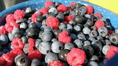 Rinse Berries In A Vinegar Solution To Keep Them Fresh Longer. Also, Mold Free