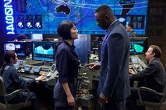Legendary Pictures has debuted a new image from Guillermo del Toro's giant-monsters-versus-giant-robots epic Pacific Rim featuring Idris Elba and Rinko Kikuchi. The film, which also stars Charlie Hunnam, Charlie Day and Ron Perlman, opens July Fiction Movies, Hd Movies, Movies Online, Movie Tv, Films, Idris Elba, Pacific Rim Movie, Eid Pics, Rinko Kikuchi