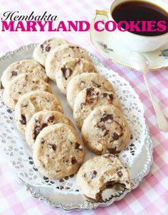 Spröda, choklad- och hasselnötsfyllda barndomsfavoriter. Maryland Recipe, Swedish Cookies, Grandma Cookies, Chocolate Sweets, Swedish Recipes, Desert Recipes, No Bake Desserts, Cookie Recipes, Cupcake Cakes