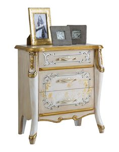 Elegant bedside table Beautiful Line - ItalianStyle by ArteFerretto. Classic nightstand with handmade decorations in silver and golden leaf. Bedroom bedside table in classic style.