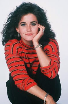 Courteney Cox in Family Ties, 1987 Courtney Cox, 80s And 90s Fashion, Online Photo Gallery, Club Kids, Hollywood Actresses, Beautiful People, Hot Girls, Photo Galleries, Leather Jacket