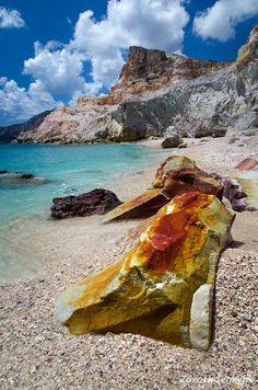 ✯ Cape of Kastanas - Milos, Greece