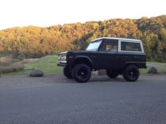Dark green uncut classic early ford bronco