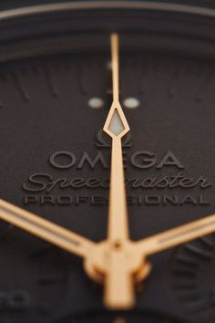 Omega Speedmaster to celebrate Anniversary of Apollo 11 High End Watches, Fine Watches, Cool Watches, Watches For Men, Omega Speedmaster, Speedmaster Professional, Seiko Watches, Luxury Watches, Clock