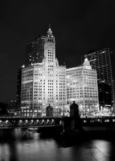 the wrigley building, chicago is...