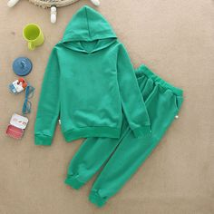 """http://babyclothes.fashiongarments.biz/  2017 New Autumn Winter Thermal Three Leaves Children Tracksuit Casual Kids Clothing Sets Boys and Girls Hoodie and Coat+Trousers, http://babyclothes.fashiongarments.biz/products/2017-new-autumn-winter-thermal-three-leaves-children-tracksuit-casual-kids-clothing-sets-boys-and-girls-hoodie-and-coattrousers/, Factory new style Three Leaves Children Tracksuit,The """"three leaves"""" logo on the suits Presell promotion 2017 new autumn winter thermal velvet…"""