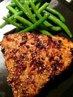 Grilled Sesame Crusted Tuna with green beans
